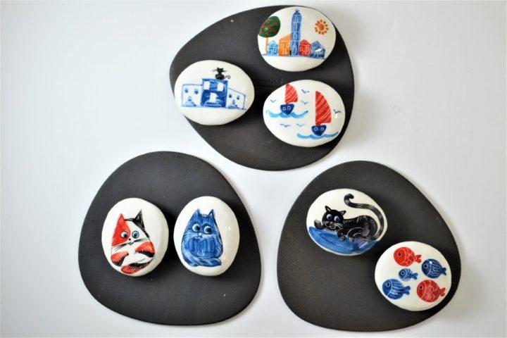 Paintings on Pebbles ceramic