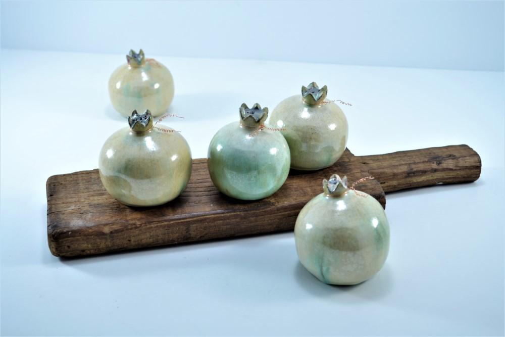 Pomegranate White of Pearl ceramic