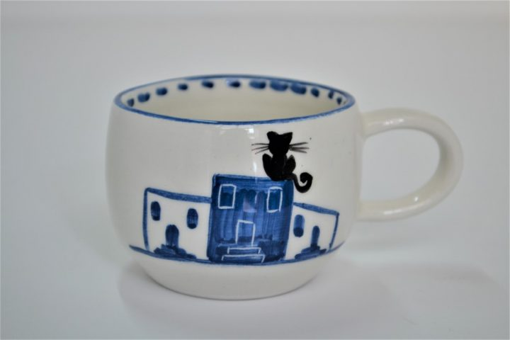 Short Uneven Cup Island Houses ceramic