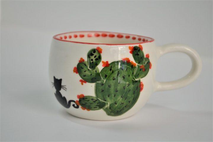 Short Uneven Cup Cactus ceramic
