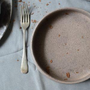 Conical Plate Light Grey Stigmata ceramic