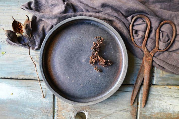 Dinner Plate Bronze Black ceramic
