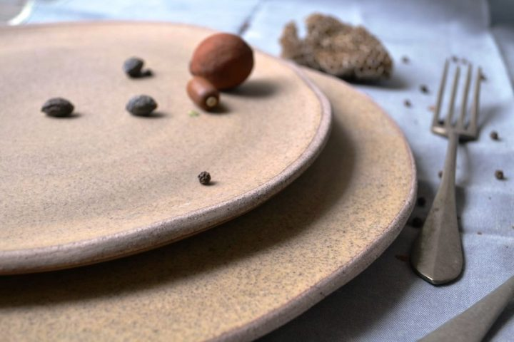 Honey Plate Medium & Large ceramic