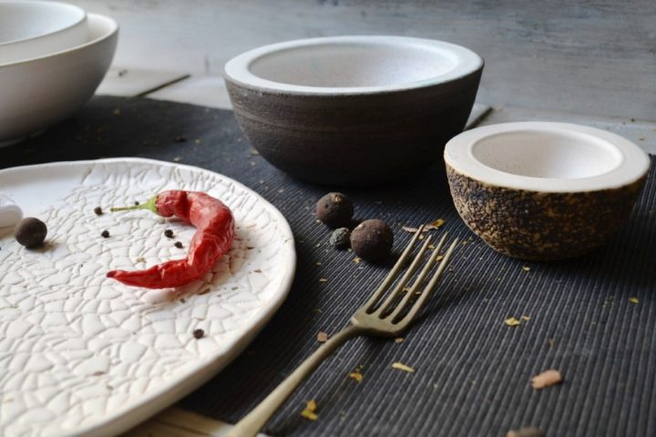 Serving Bowl Charcoal / White Stigmas & Biscuit / White Stigmas ceramic