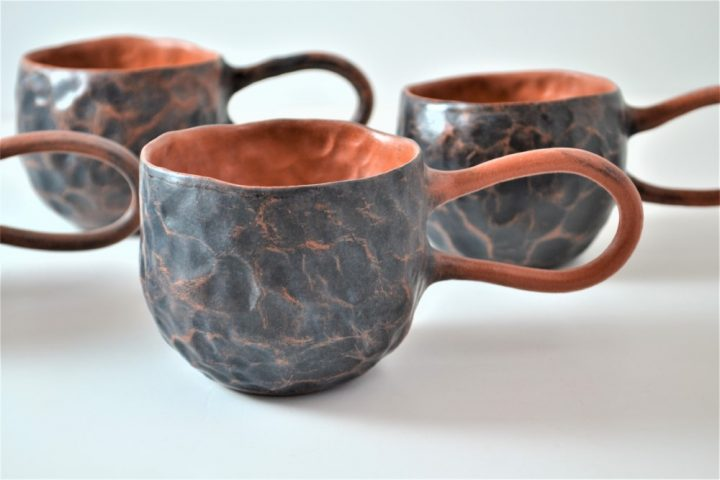 Pinched Cup Black