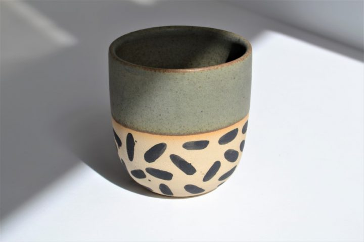 Memphis Love Cup Khaki ceramic