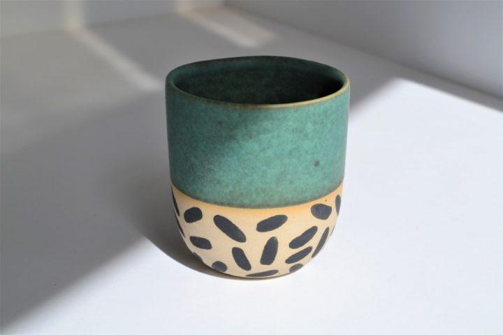 Memphis Love Cup Green ceramic